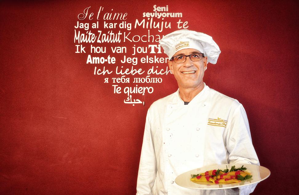 La passione di Fred per la cucina - il nostronuovo aiuto cuoco